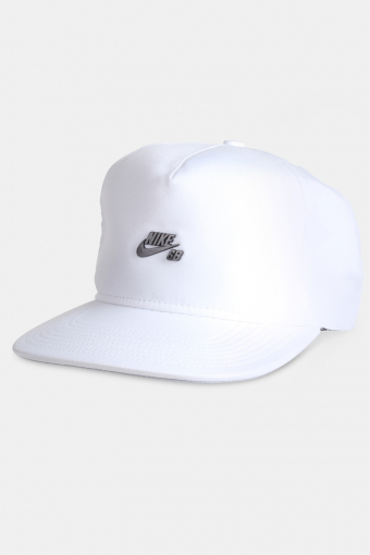 SB DRI-FIT Keps White